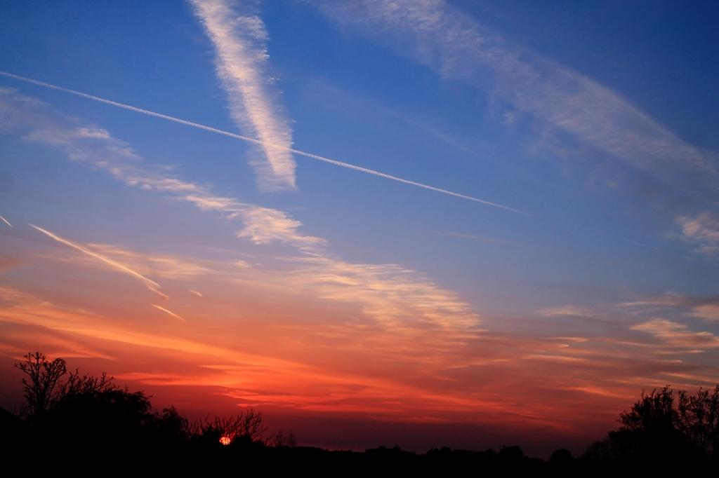 sunset 22 april