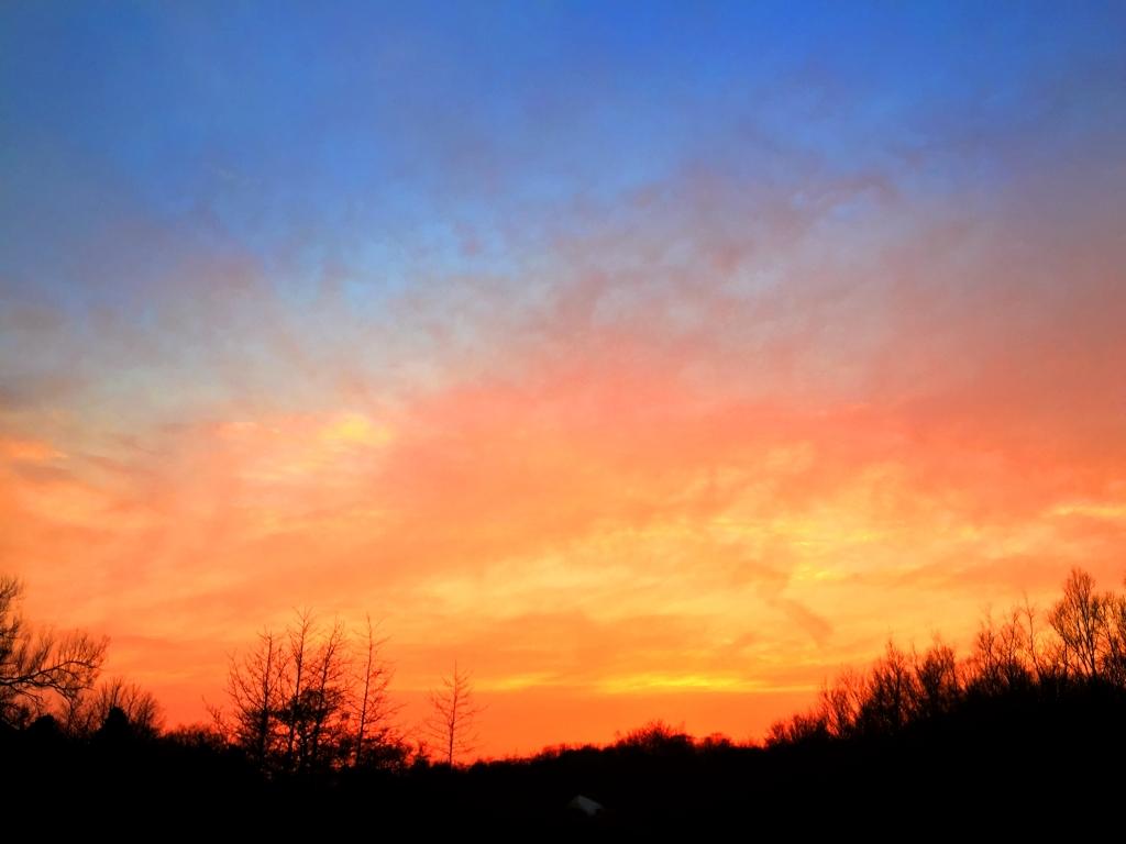 sunset by Matthew aged 6